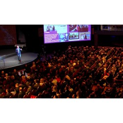 ČR - Brno - konference - sál - BobyCentrum - lidé - interiéry