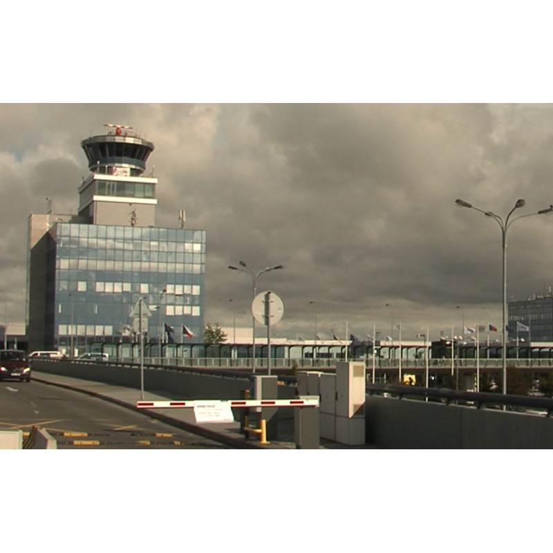 CR - Prague - transport - Václav Havel Airport - time-lapse - original length