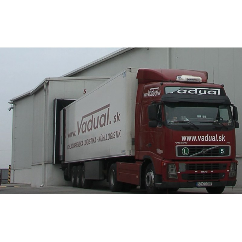 CR - Slovakia - transport - truck - driving - exterior - interior