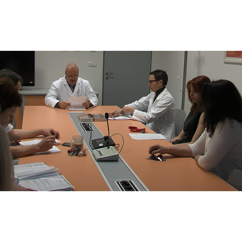 CR - Health Care - doctor - meeting