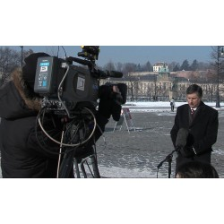 CR - Prague - media - filming - television - camera - transmission vehicle - DSNG live