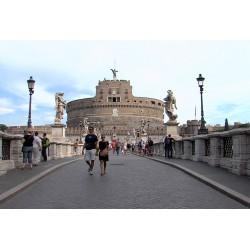 Itálie - Vatikán - lidé - turisté - historie - Andělský hrad - časosběr - originální délka