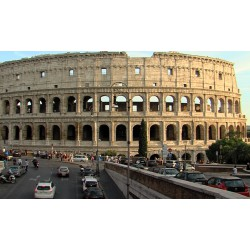 Italy - Rome - traffic - sights - history - time-lapse - Coloseum - original length