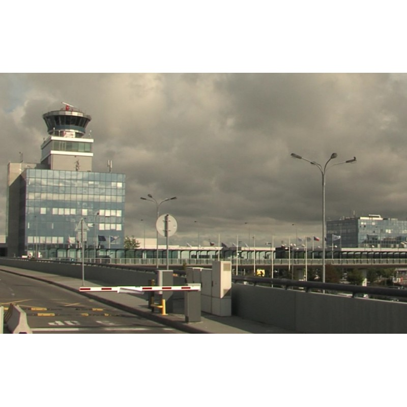 CR - Prague - transport - Václav Havel Airport - time-lapse - 1000x faster