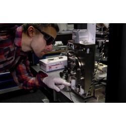 ČR - věda - technologie - polarograf - polarografie - rozklad světla - laser
