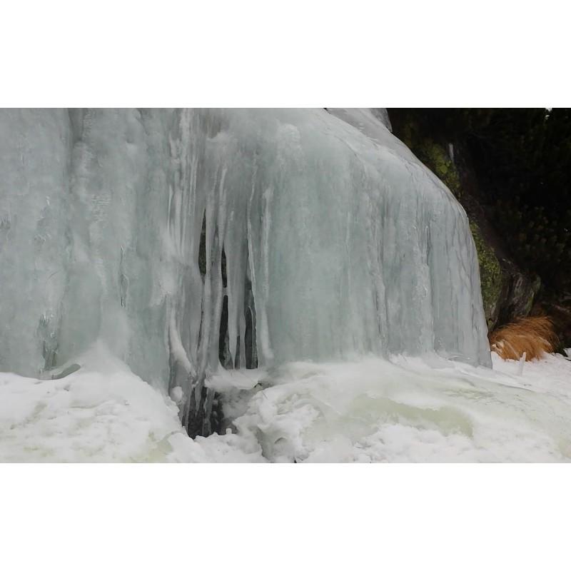 Slovakia - weather - winter - ice - snow - icicle