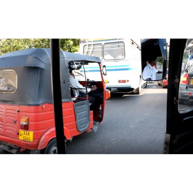 Sri Lanka - Colombo - transport - bus - tuk-tuk - traffic jam