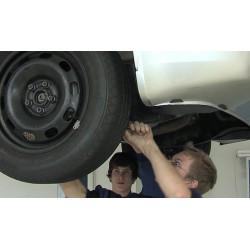 ČR - vzdělávání - průmyslová škola - učiliště - automechanik - motor - automobil - opravář
