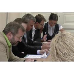 ČR - lidé - manažer - porada - meeting