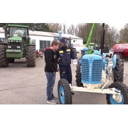 ČR - vzdělávání - učiliště - traktor - autoškola