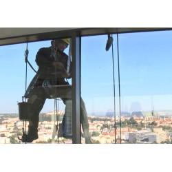 ČR - Brno - umývači oken - výškové práce
