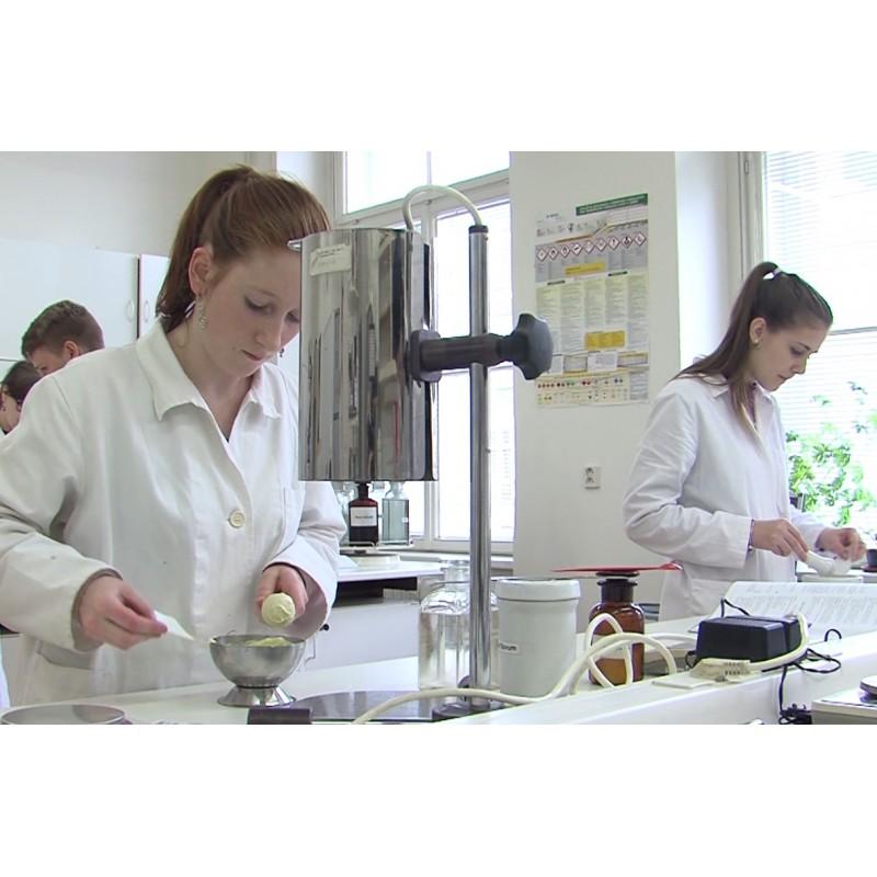 CR - Prague - science - education - chemist - laboratory - test tube - experiment - student