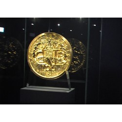 CR - Prague - finance - ČNB - coin - gold - rarity - crown - exhibition