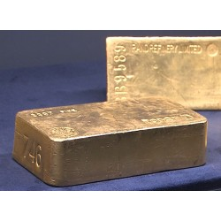 CR - finance - ČNB - bank - currency - gold - brick - coin - ingot - jewels - money