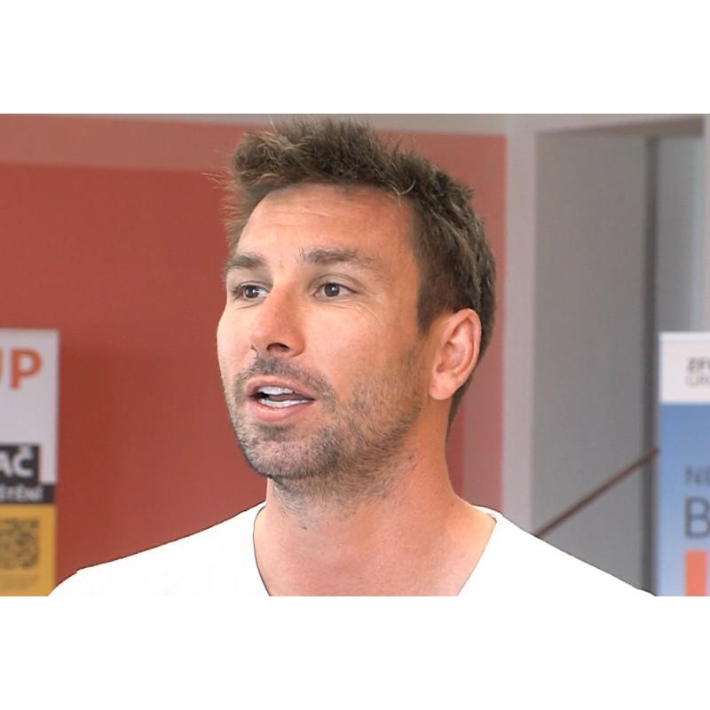 CR - sport - Petr Koukal - badminton - book - signing