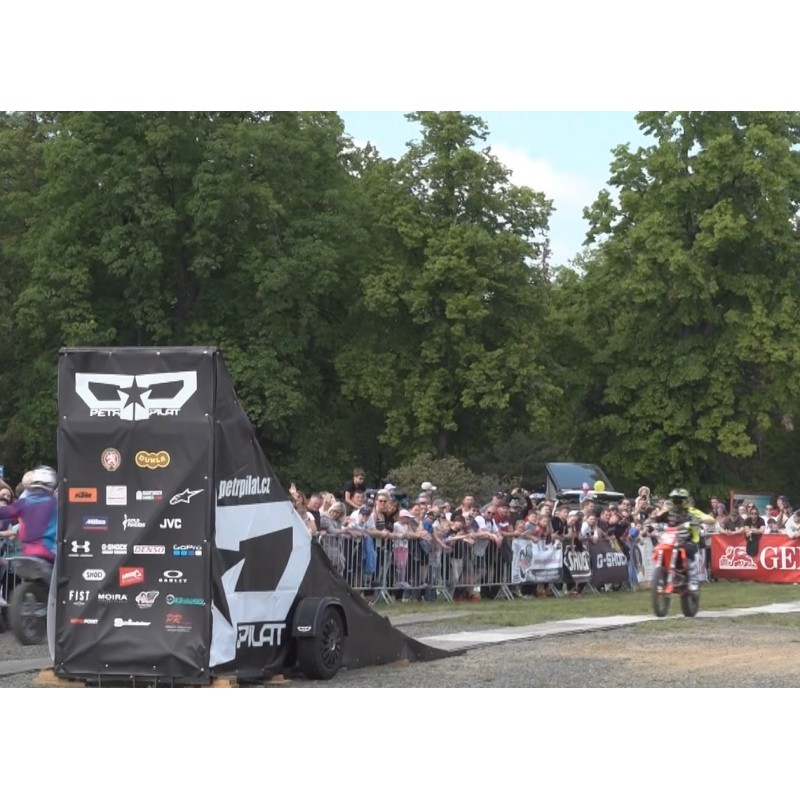 CR - sport - motoring - motorcycle - driver - free style motocross - jump - race