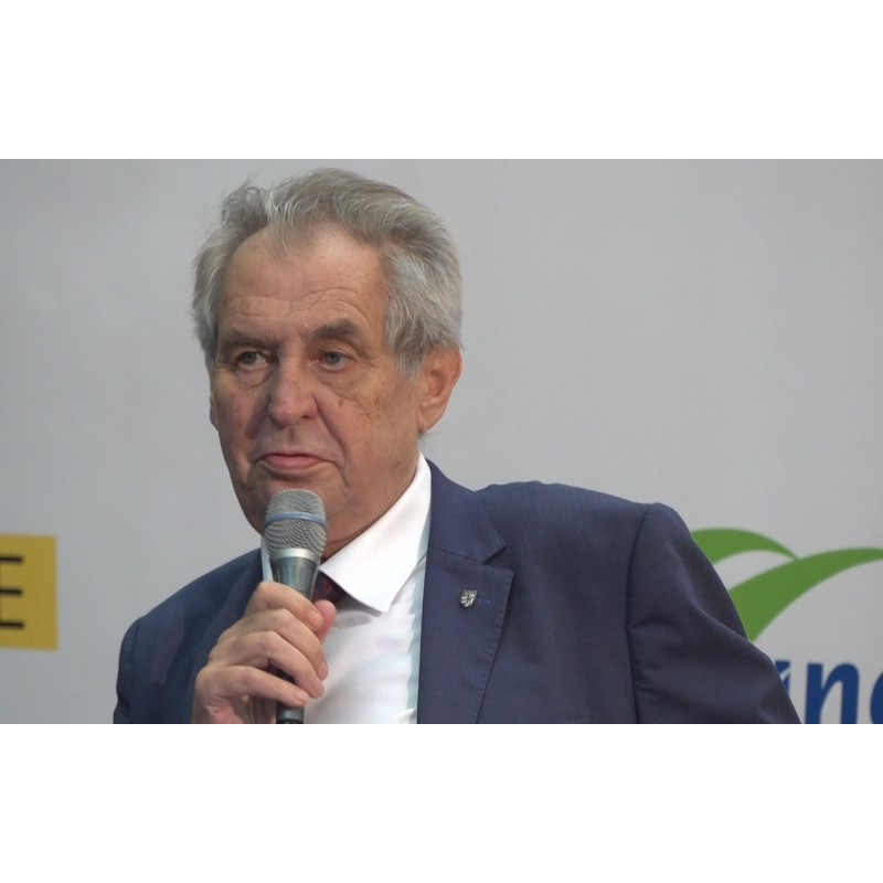CZ - people - president - Miloš Zeman - visit - press conference - production plant - employees