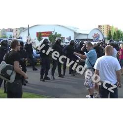 ČR - policie - protesty - Rómové