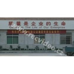 Asie - Číňané - lodě - kontejnery - práce v továrnách - výroba aut
