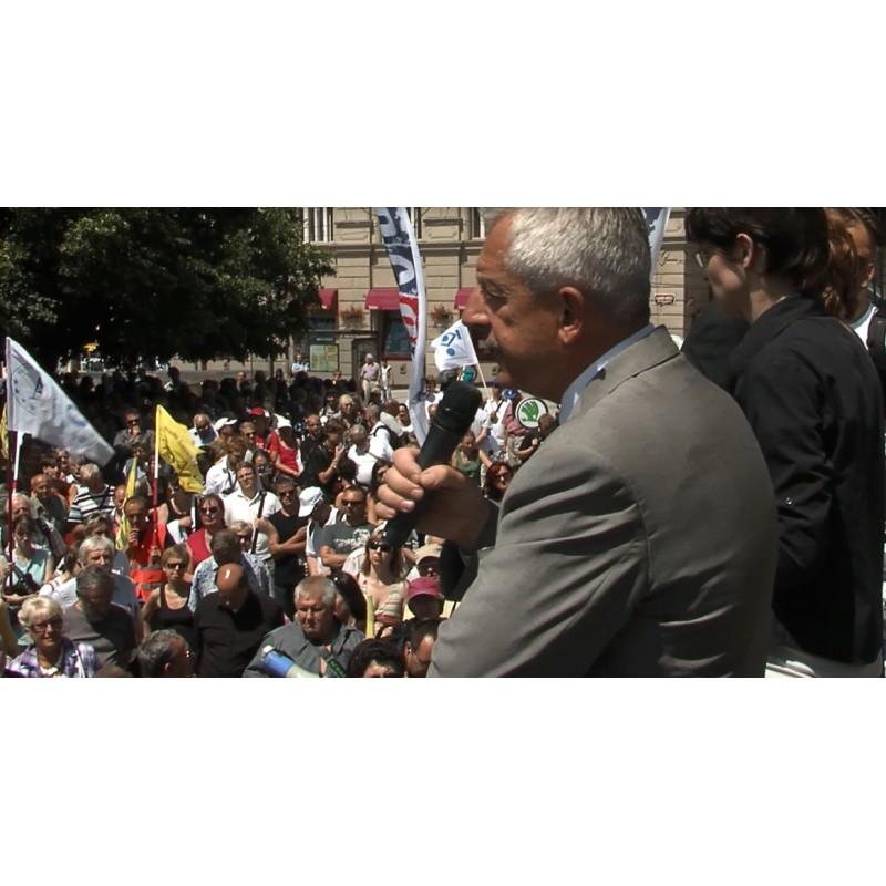 CR - Health care - protest