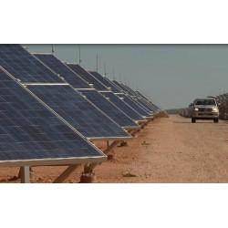Svět - obnovitelné zdroje - energie - solární panely - větrná elektrárna - biomasa