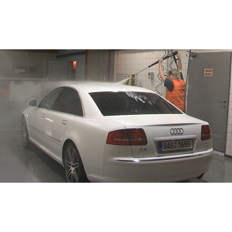 CR - motoring - car wash - hand wash
