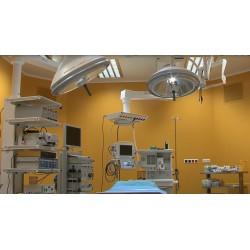 ČR - zdravotnictví - operační sál - rozsvícení světla