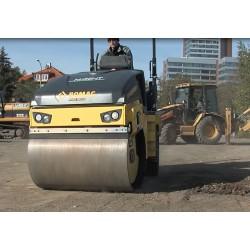 ČR - válcovač zeminy a asfaltu - Caterpillar