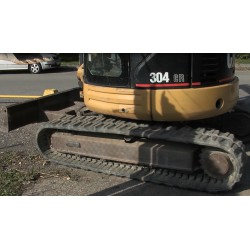 CR - tracked excavator - caterpillar - overburden soil
