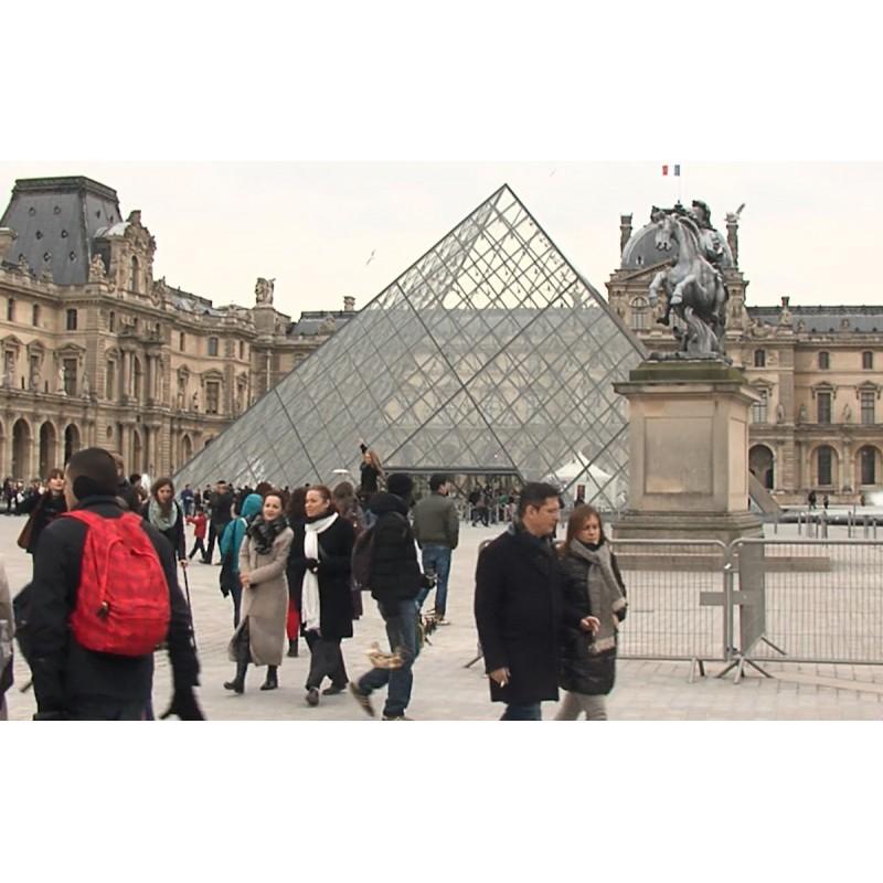 France - Paris - Notre Dame - Eiffel tower - Louvre - Seina