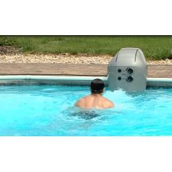 ČR - bazén - plavání - plavec - protiproud