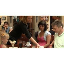 ČR - Praha - Kampa - Malá Strana - rodina - restaurace - zmrzlina