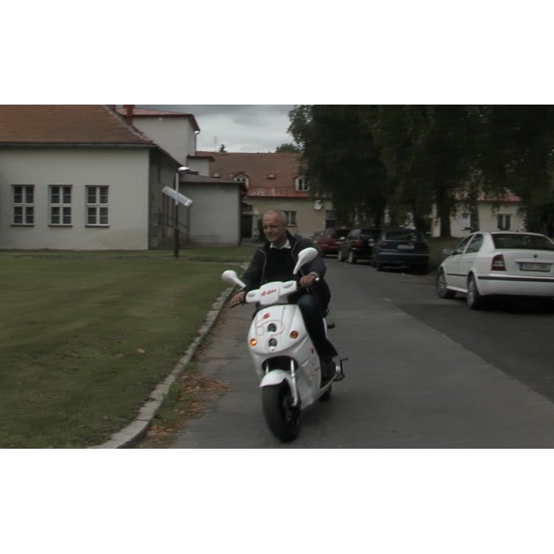 cr - transport - moped - electrical