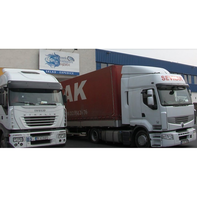 CR - Transport - Trucks - Loading